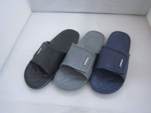 Simple EVA Slipper with Agraffe for Men (TNK35827) pictures & photos
