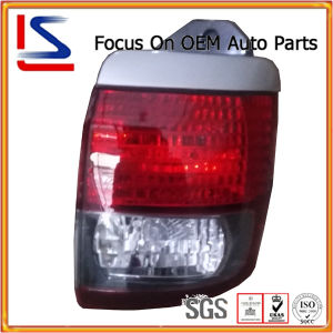 Auto Tail Lamp for Toyota Hiace Regius ′01 (26-106) pictures & photos