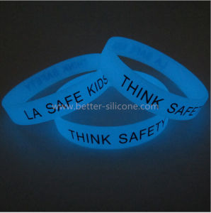 Fashionable Glow in The Dark Silicone Bracelet pictures & photos