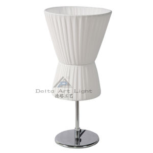 2013 Modern Design Table Lamp with White Shade (C50006-2) pictures & photos