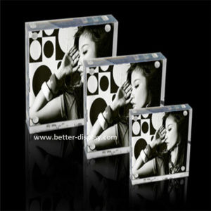 Custom Clear Acrylic Two Sides Photo Frame (BTR-U1079) pictures & photos
