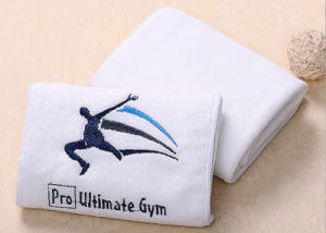 Manufacturer 100% Cotton Longer Embroidery Advertising Sport Towel pictures & photos