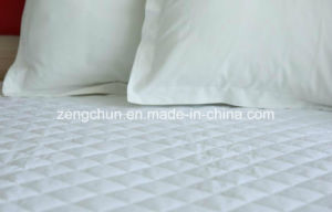 Hotel and Hospital Using Anchor Band Quilted Mattress Pad with Four Corners Elastic pictures & photos