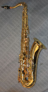 Tenor Saxophone/ Tenor Saxophone Lacquer Student (SATY-L) pictures & photos