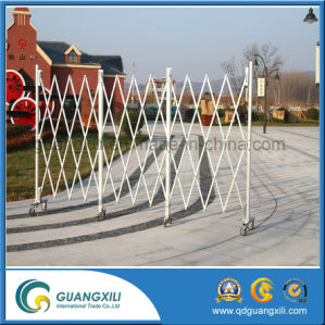Aluminum Folding Gate with Casters pictures & photos