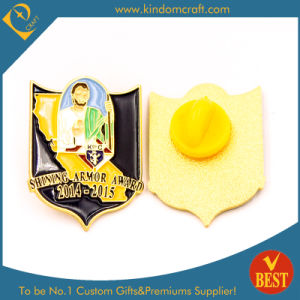 Newest Gold Pin Badge for Christian Church Religion pictures & photos