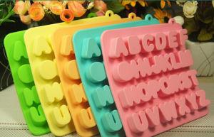 FDA Kitchenware Fashion Gift Silicone Chocolate Tray pictures & photos