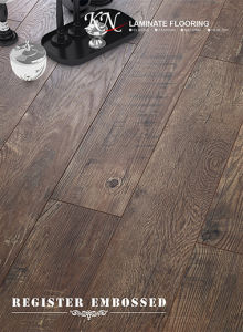 High Quality HDF Composite Wood Laminate Floor Embossed-in-Register (EIR) pictures & photos
