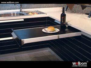 Welbom Solid Wood Veneer Kitchen Cabinet pictures & photos