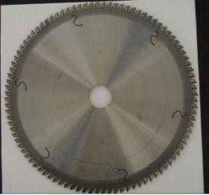 Professional Tungsten Carbide Tips Saw Blade for Aluminium pictures & photos