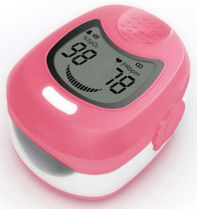 Cms50QA Hot Selling CE Approved Fingertip Pulse Oximeter pictures & photos