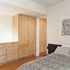 Partical Board Wooden Wardrobe with Hook Rails pictures & photos