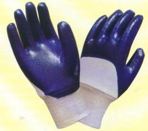 Interlock Nitrile Coated Safety Working Gloves N2306 pictures & photos
