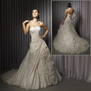 New Fashion Designer Taffeta With Strapless Elegant Wedding Gown (US1067)