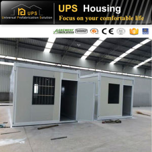 Customized Container House with Wheels pictures & photos