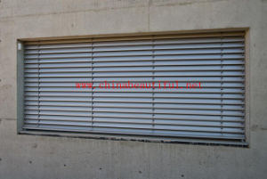 Best Sell Automatic Aluminum Shutters Windows (pH-015) pictures & photos