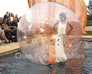 2016 Hot Sale Inflatable Dance Ball for Water Show pictures & photos