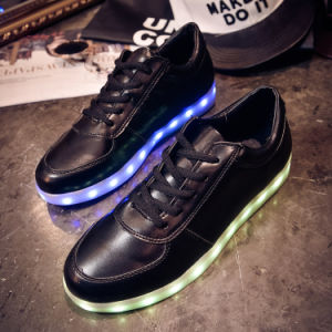 Colorful LED Lights Casual Flat Shoes Luminous Sneakers pictures & photos