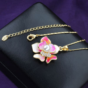Girls Fashion Jewelry Crystal Enamel Flower Pearl Necklace pictures & photos