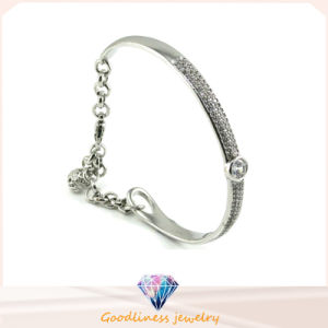 Luxury Austrian Crystal Bangle Beautiful Design 925 Silver Jewelry Bangle (G41252) pictures & photos