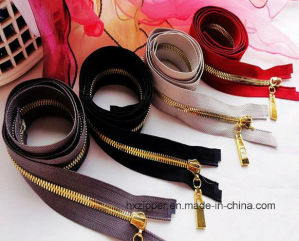 Brass Zipper Manufacturer Gold Metal Zipper with Wholesale Zipper Prices