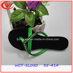 Fashion Laides EVA Slipper Flat Heel Flip Flops for Women pictures & photos