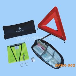 Auto Roadside Emergency Kit (DFAK-002) pictures & photos