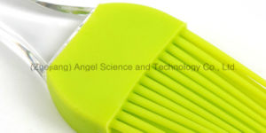 Eco-Friendly BBQ Silicone Baking Brush Tool Sb15 (L) pictures & photos