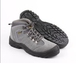 Hiking Sport Style Industrial Safety Boot (SN5238) pictures & photos