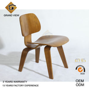 Classical Ash Wood Lounge Chair for Hotel (GV-LCW1945) pictures & photos