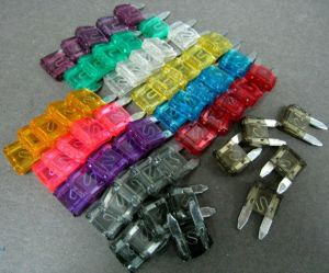 ATM Mini Blade Fuse Jumbo Assort: 12 Different Sizes pictures & photos