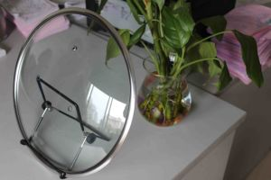 Wide Rim Y-Type Tempered Glass Lid pictures & photos