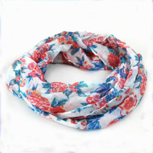 Beautiful Flower Printed Fashion Lady Scarf Wholesale pictures & photos