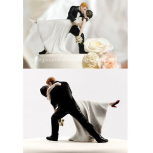 High Quality a Romantic DIP Dancing Bride and Groom Couple Figurine for Cake Topper pictures & photos