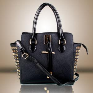 2015 New Big Names Rivets Fashion Designer Samll Handbag (XP1017) pictures & photos