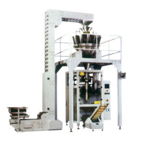 Snacks Puffed Food Nuts Sugar Automatic Packing Machine with Multihead Weigher (HFT-5235D)