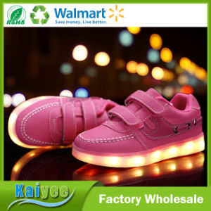 Luminous Shoes for Children USB Charging on Sports Shoes pictures & photos