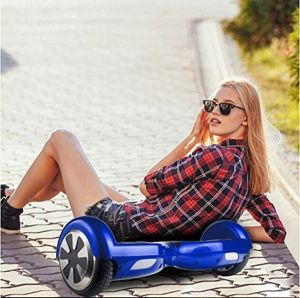 Smart Quadratura Elettrica Automatica Scooter Unicycle 2 Wheels Hover Board pictures & photos
