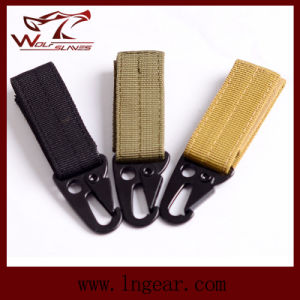 Tactical Molle Key Military Climbing Button Chain Practical Key Buckle pictures & photos