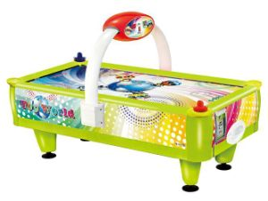 2015 Electronic Game of Air Hockey pictures & photos