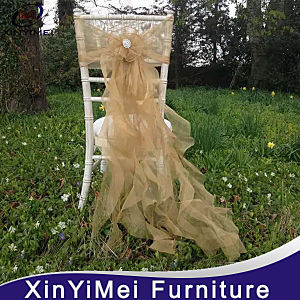 Good Quality Material Ruffled Wedding Chair Cover pictures & photos