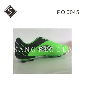 New Style Soccer Shoes with Soft Leather Upper and TPU Outsole pictures & photos