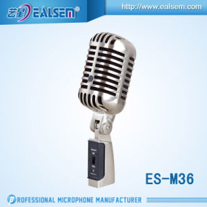 Professional Dynamic Chorus Microphone Wire Microphone pictures & photos