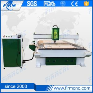 Professional Manufacturer 1300*2500mm Cupboard Door Furniture Making Wood CNC Router pictures & photos