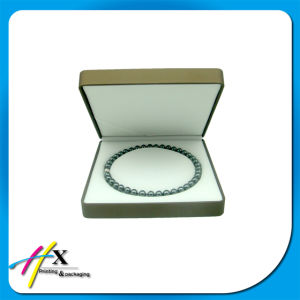 Logo Printed Hard Plastic Pearl Necklace Packaging Box pictures & photos