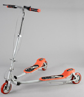 3 Wheels Frog Scooter with Swing Function (ET-FGS001) pictures & photos