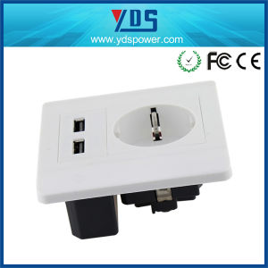 Universal 5V 2A USB Wall Socket USB UK Socket pictures & photos