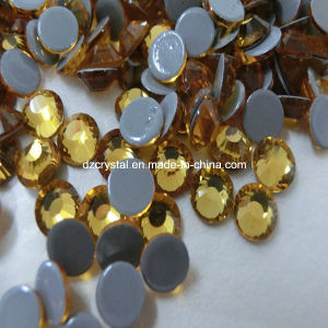 China Factory Wholesale Shiny Leed Free and Multi Size Crystal Hot Fix Rhinestone Pattern for Garment pictures & photos