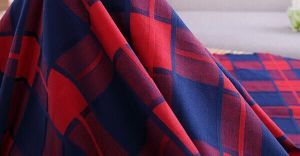 100%Pure Cotton Dyed Checked Cloth pictures & photos