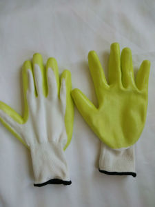 13G Polyester Shell Nitrile Coated Safety Work Gloves (N6017) pictures & photos